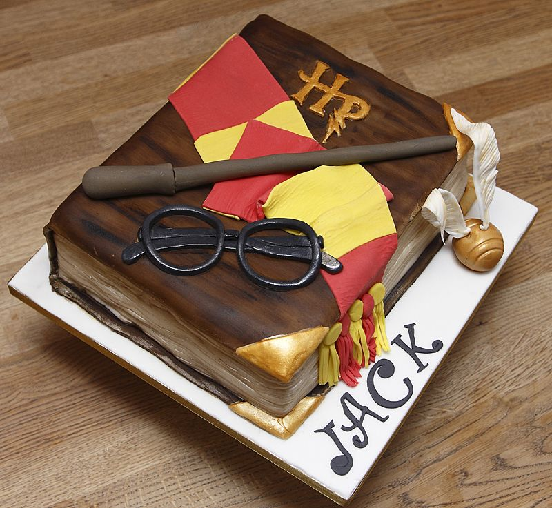 Harry Potter Book Cake ~ Film tv book cakes cupcakes galleries adults children