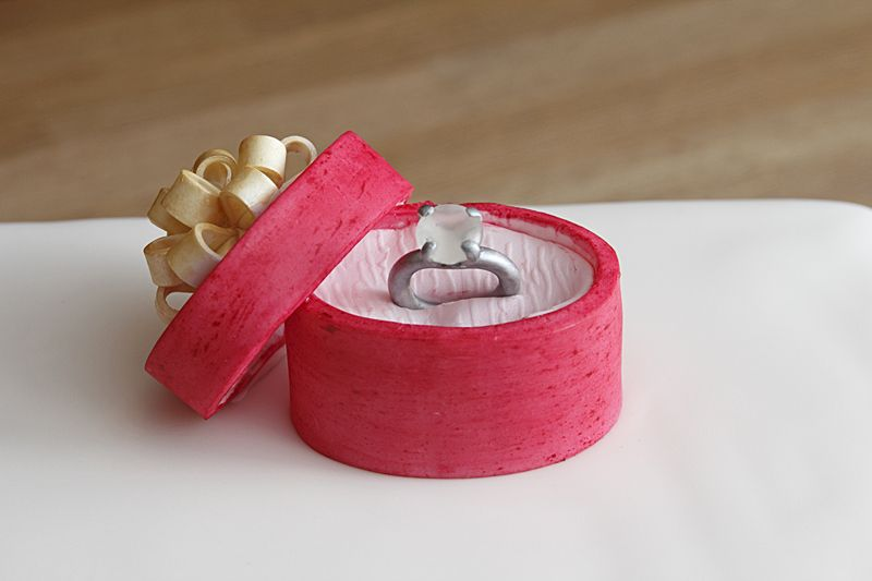 How To Make A Engagement Ring Box Cake