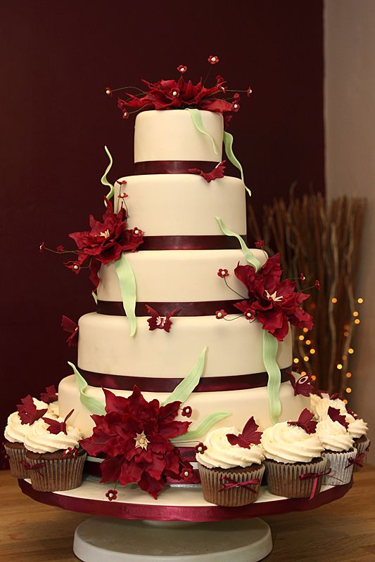 Wedding Cake 5 Tiers With Handmade Fondant Fantasy Flowers Butterflies Amp Matching Cupcakes