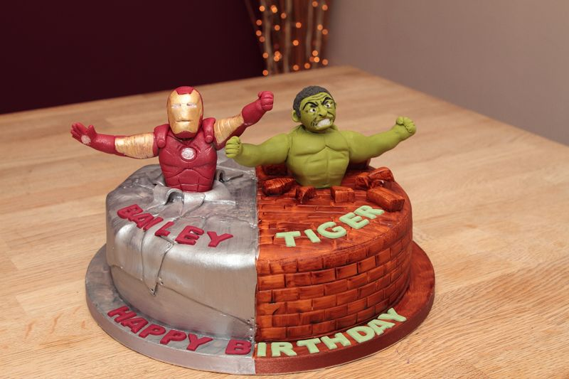 Iron Man Edible Cake Images